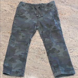 Boys camo pants